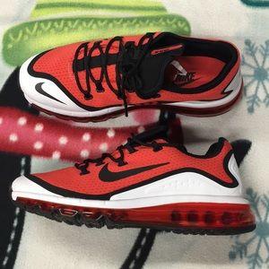 Nwot Nike Air Max More Sneakers